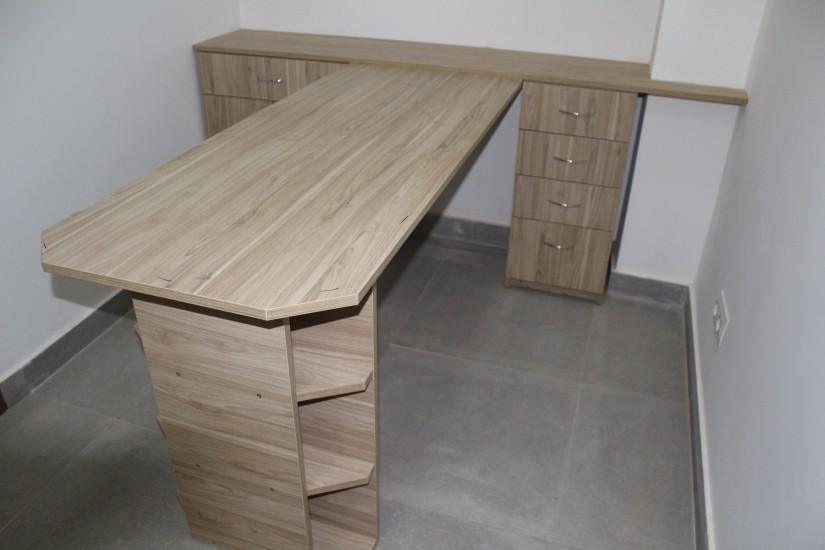 Офісні меблі. фото 5